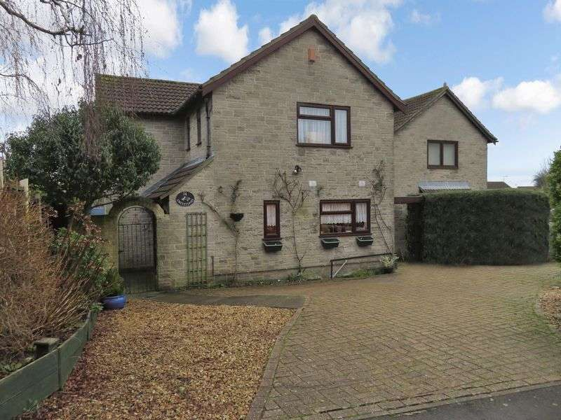 4 Bedrooms Detached House for sale in Crimchard, Chard