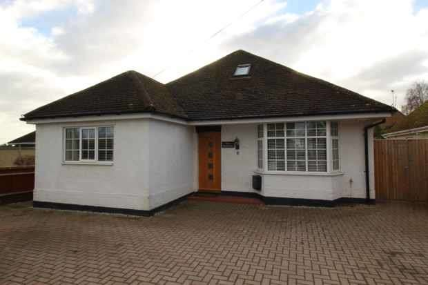 5 Bedrooms Detached House for sale in East Way, Abingdon, Oxfordshire, OX14 4JZ