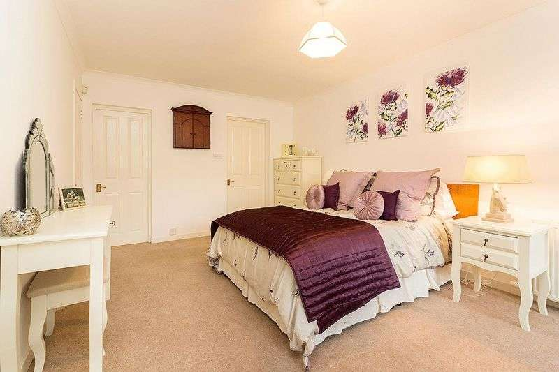 3 Bedrooms Semi Detached House for sale in 30 St. Magdalenes, Linlithgow