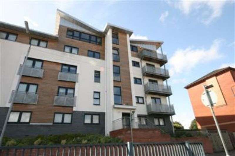 3 Bedrooms Flat for rent in 277 Springburn Road, Glasgow, G21 1SA