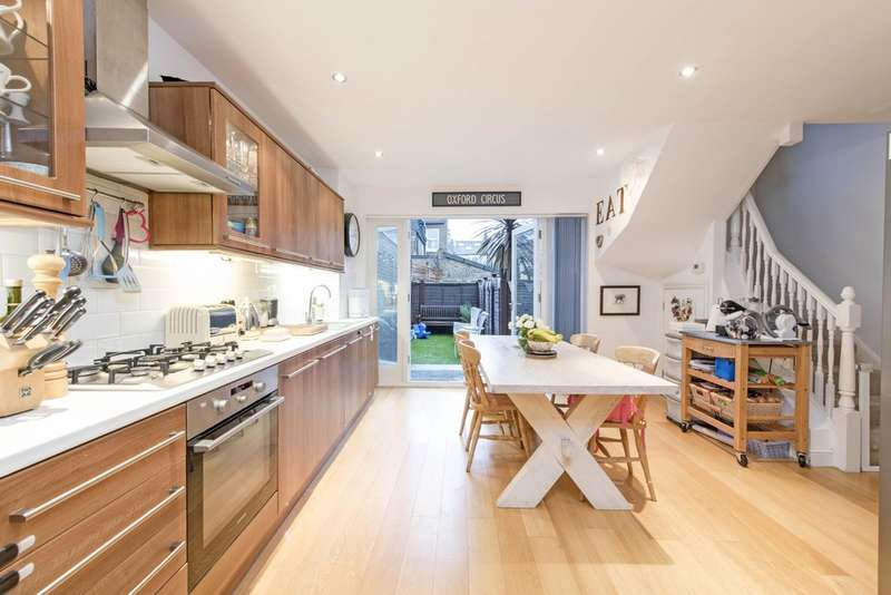 3 Bedrooms Terraced House for sale in Mallinson Road, Battersea, London