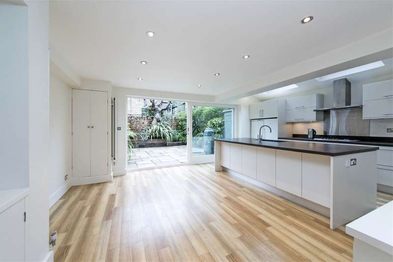 5 Bedrooms Terraced House for sale in Broomwood Road, Battersea, London