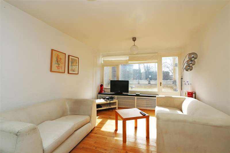 2 Bedrooms Apartment Flat for sale in Binley House, Highcliffe Drive, London
