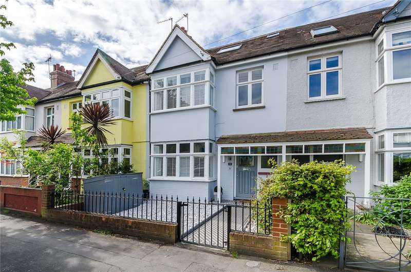 5 Bedrooms Terraced House for sale in Connaught Road, Teddington, TW11