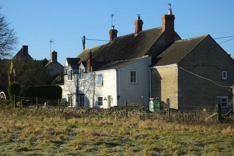 3 Bedrooms Cottage House for sale in Poulton
