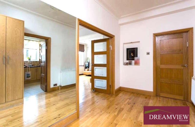 2 Bedrooms Apartment Flat for sale in WINDSOR COURT, GOLDERS GREEN ROAD, GOLDERS GREEN, LONDON, NW11