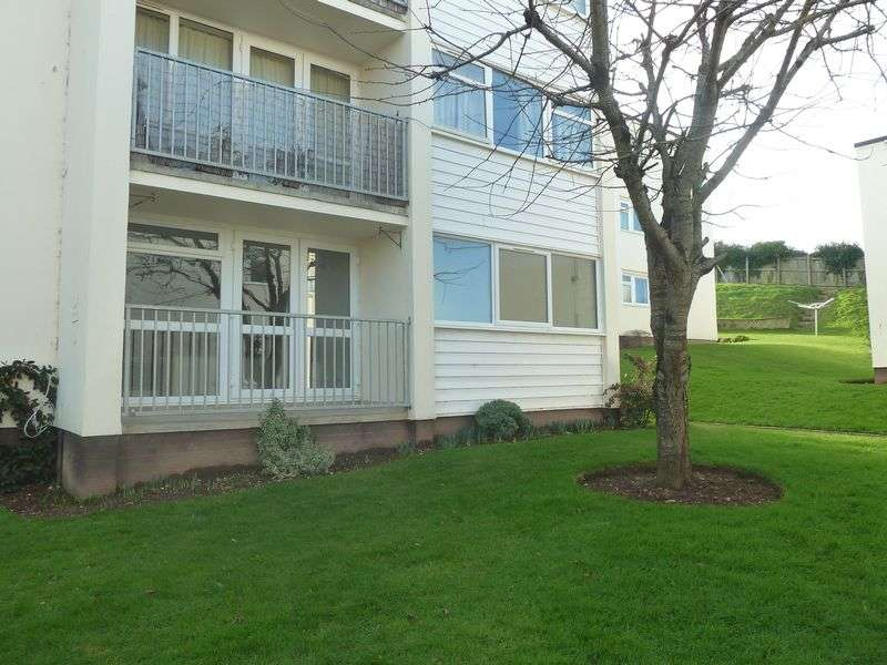 2 Bedrooms Flat for sale in Devon View, Warren Road, Dawlish Warren