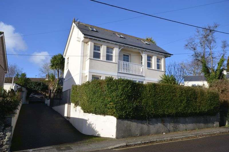 4 Bedrooms Detached House for sale in Tregonissey Road, St. Austell