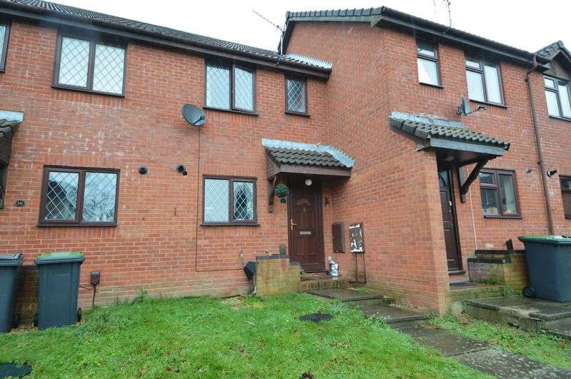 2 Bedrooms Terraced House for sale in Damask Gardens, Waterlooville