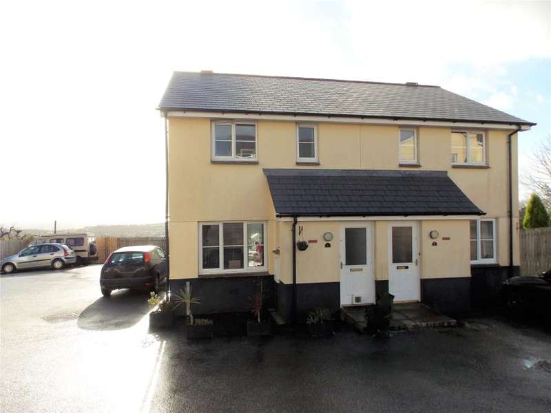 3 Bedrooms Semi Detached House for sale in Roselare Close, St Austell