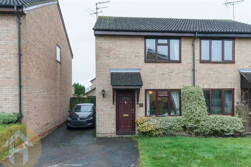 2 Bedrooms Property for sale in Woodshaw, Royal Wootton Bassett