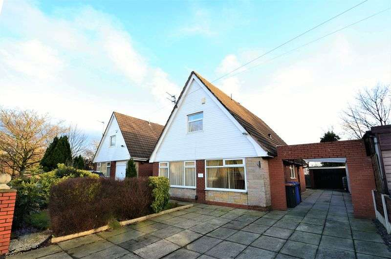3 Bedrooms Detached House for sale in East Lancashire Road, Worsley