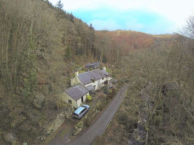 2 Bedrooms Detached House for sale in Pandy, Glyn Ceiriog