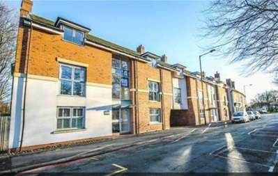 2 Bedrooms Flat for sale in Park Road, Bloxwich