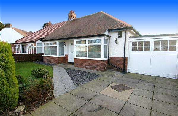 2 Bedrooms Bungalow for sale in Brantwood Avenue, Monkseaton