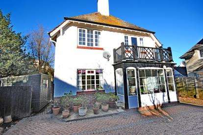 2 Bedrooms Flat for sale in Sidmouth, Devon
