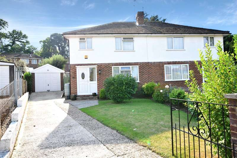 3 Bedrooms Semi Detached House for sale in Waybrook Crescent, Reading, Berkshire, RG1