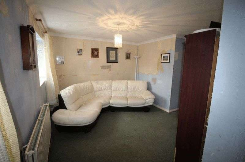 1 Bedroom Property for sale in Brambledown, Hartley, DA3 7EY