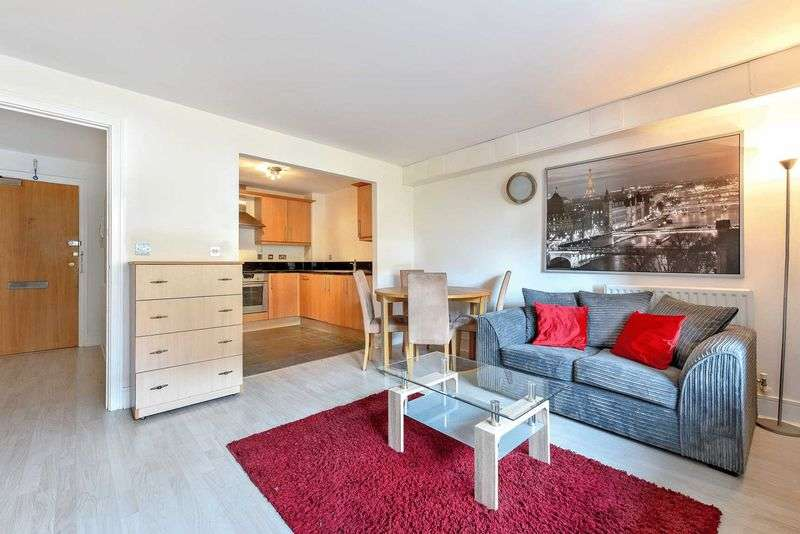 2 Bedrooms Flat for sale in Cassilis Road, London