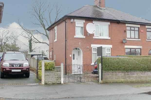 3 Bedrooms Semi Detached House for sale in Queensmead Road, Stoke-Ontrent, Staffordshire, ST3 7DD