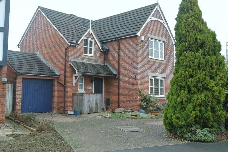 4 Bedrooms Detached House for sale in Hathorn Road, Hucclecote, Gloucester