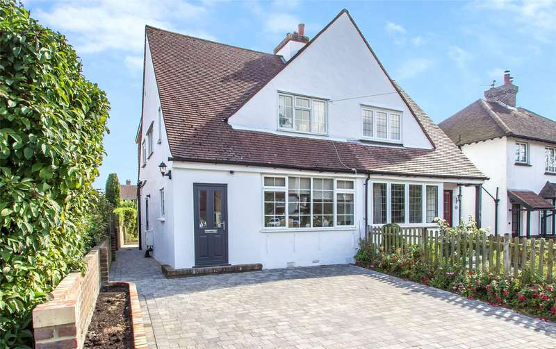 3 Bedrooms Semi Detached House for sale in Chalkpit Lane, Oxted, Surrey, RH8