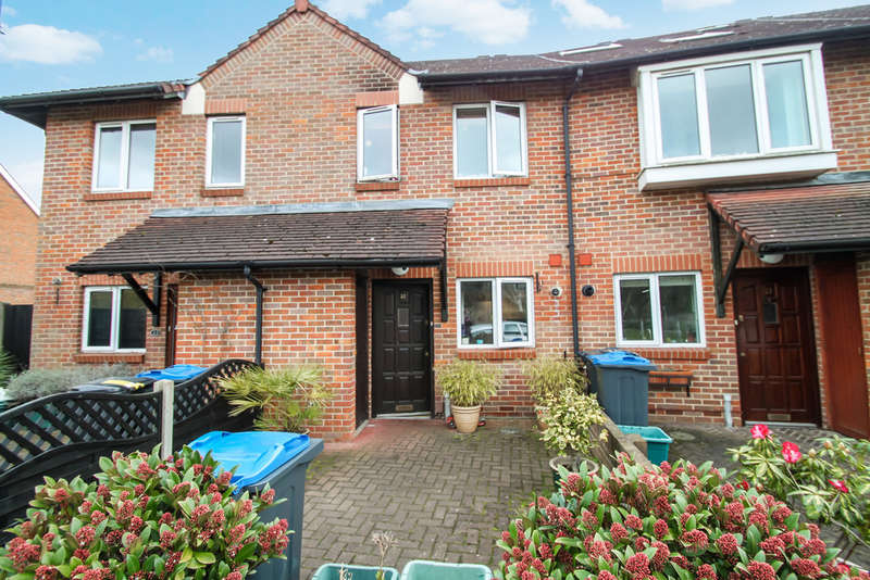2 Bedrooms Terraced House for sale in Meldone Close, Surbiton