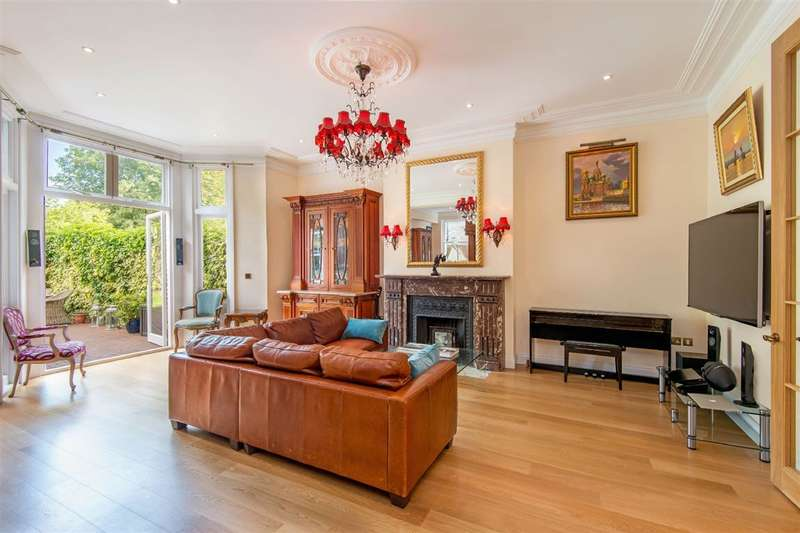 4 Bedrooms Property for sale in The Garden Apartment, Canfield Gardens, South Hampstead, NW6