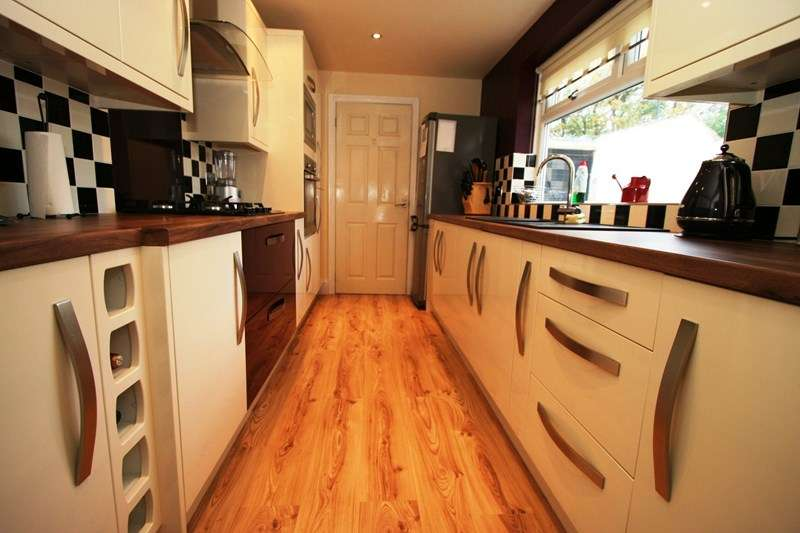 5 Bedrooms Terraced House for sale in Cirencester Street, Millfield, Sunderland