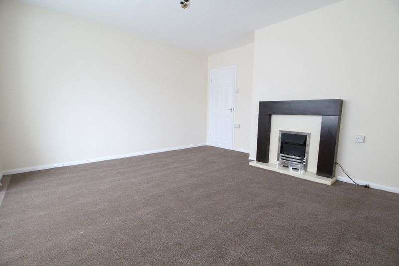 3 Bedrooms Semi Detached House for sale in Wynn Gardens, Gateshead
