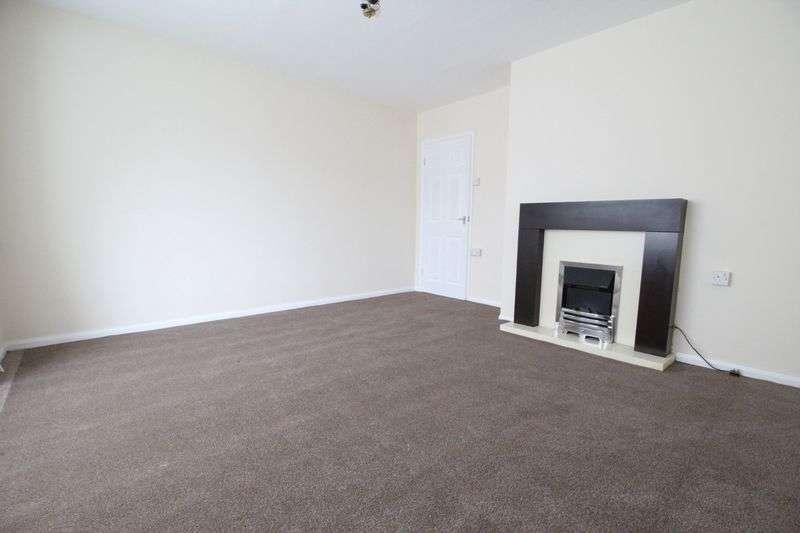 3 Bedrooms Semi Detached House for sale in Wynn Gardens, Gateshead