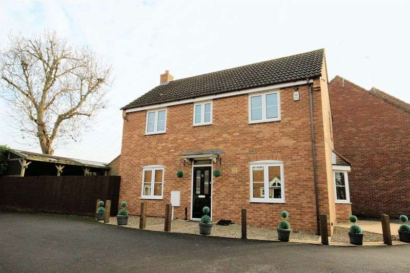 3 Bedrooms Detached House for sale in Furnace Drive, Thrapston, Kettering