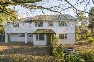 5 Bedrooms Detached House for sale in Town Littleworth, Town Littleworth, Lewes, East Sussex