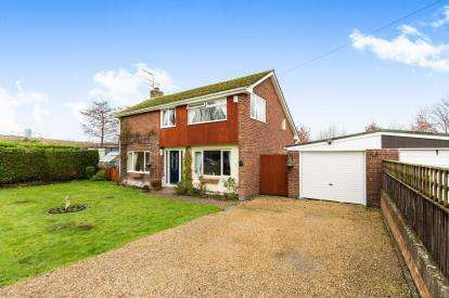 3 Bedrooms Detached House for sale in Romsey, Southampton, Hampshire