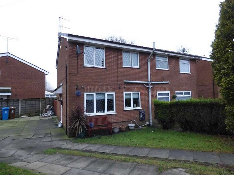 3 Bedrooms Property for sale in Vine Close, Shaw, Oldham, OL2