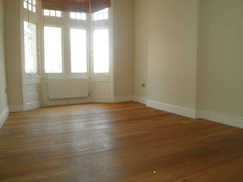 2 Bedrooms Apartment Flat for sale in Westow Street, Crystal Palace
