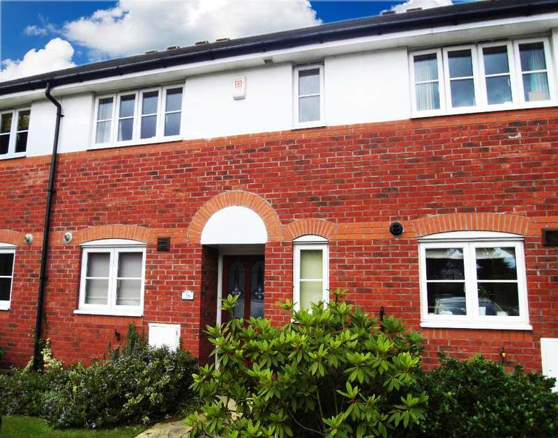 3 Bedrooms Mews House for sale in Spires Gardens, Winwick, Warrington, Cheshire, WA2 8WB