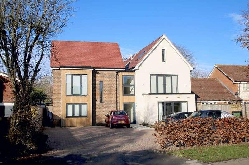 2 Bedrooms Flat for sale in Haddenham, Buckinghamshire