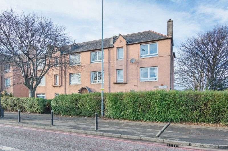 2 Bedrooms Flat for sale in 14/4 Hutchison Cottages, Slateford, Edinburgh, EH14 1PY