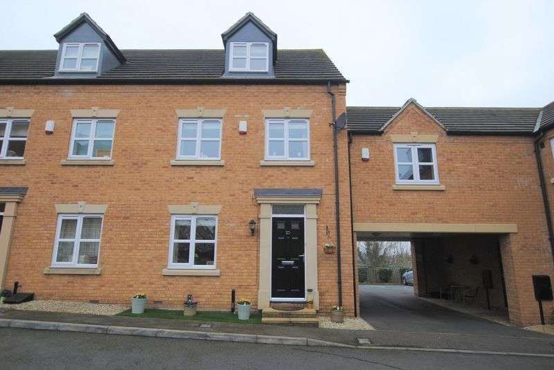 3 Bedrooms Terraced House for sale in Peter Crisp Way, Rushden