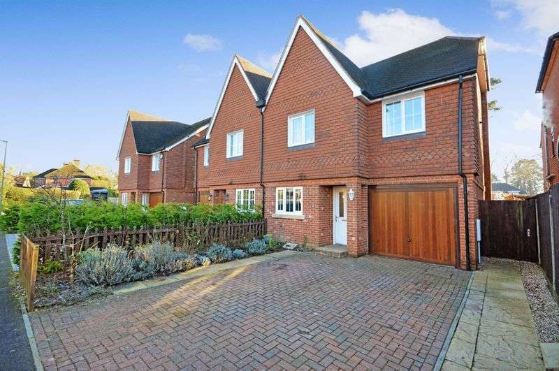 5 Bedrooms Semi Detached House for sale in Beech Hanger Road, Grayshott