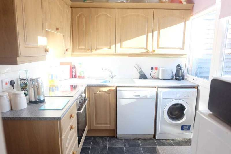 3 Bedrooms Semi Detached House for sale in Lethaby Road, Barnstaple