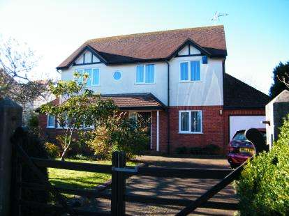 4 Bedrooms House for sale in Exmouth, Devon