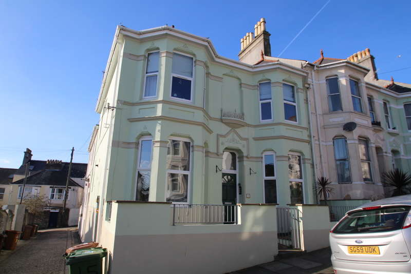 1 Bedroom Flat for sale in Lipson, Plymouth