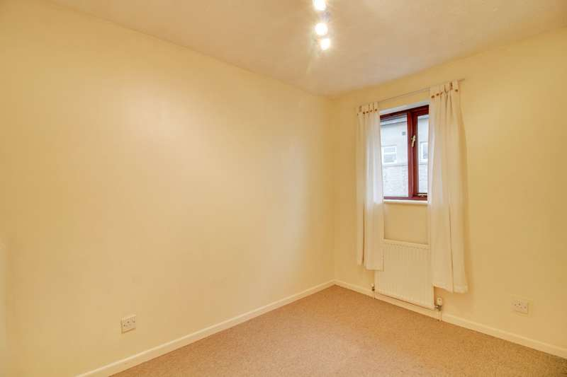 3 Bedrooms Semi Detached House for sale in Brookedor Gardens, Kingskerswell