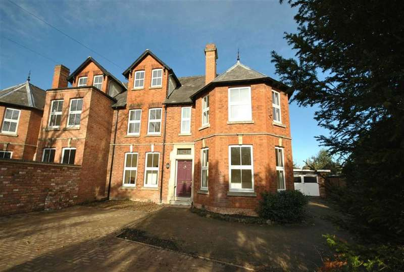 5 Bedrooms Property for sale in Duston