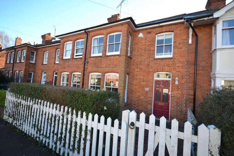 3 Bedrooms Terraced House for sale in Uplands Road, Caversham Heights