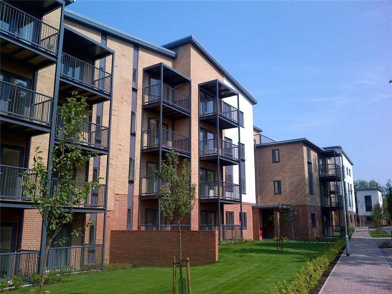 1 Bedroom Flat for sale in Lawford Court, Grade Close, Elstree, WD6