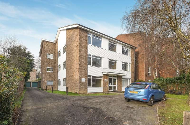 1 Bedroom Flat for sale in Foley Court, Wimbledon, SW19