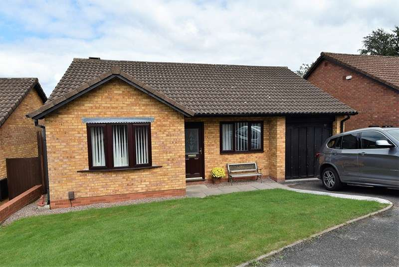 2 Bedrooms Bungalow for sale in Birch Close, Bournville, Birmingham